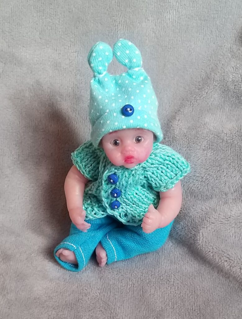 micro reborn silicone babies cloth body by Kovalevadoll 1