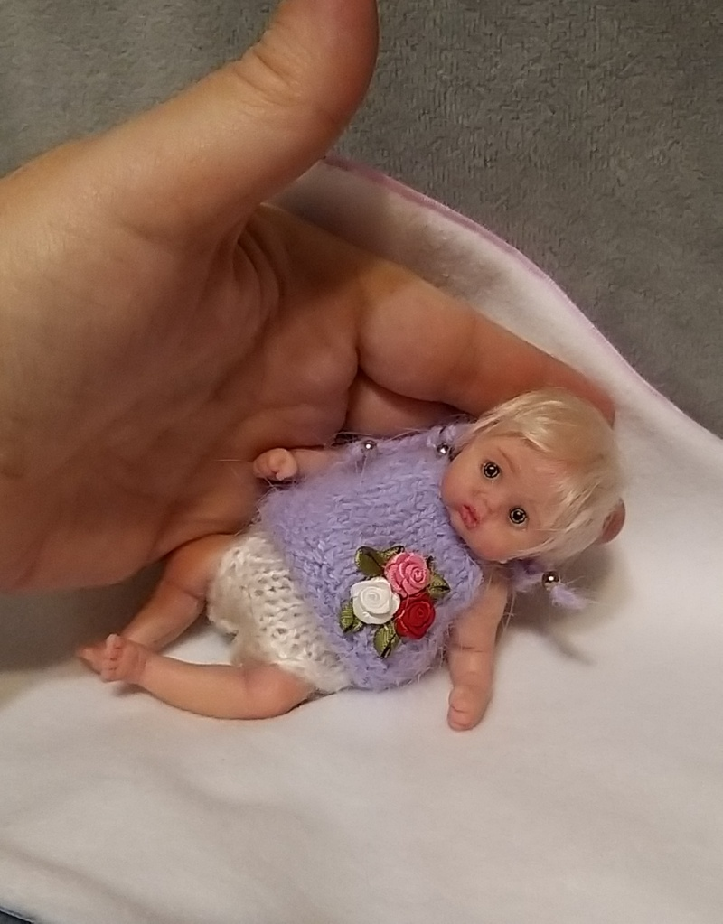 Mini silicone baby dolls anatomically correct
