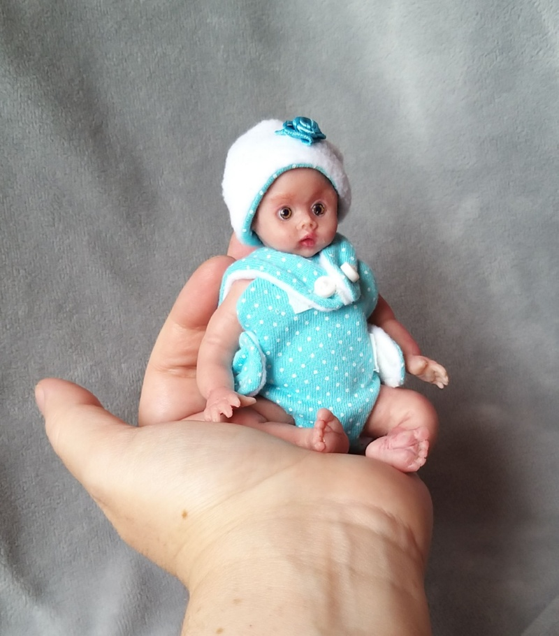 Miniature silicone  dolls for sale