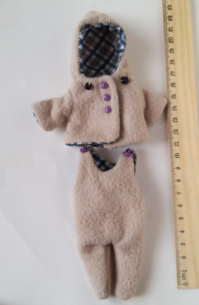 hand knitted mini doll clothes Kovalevadoll 06