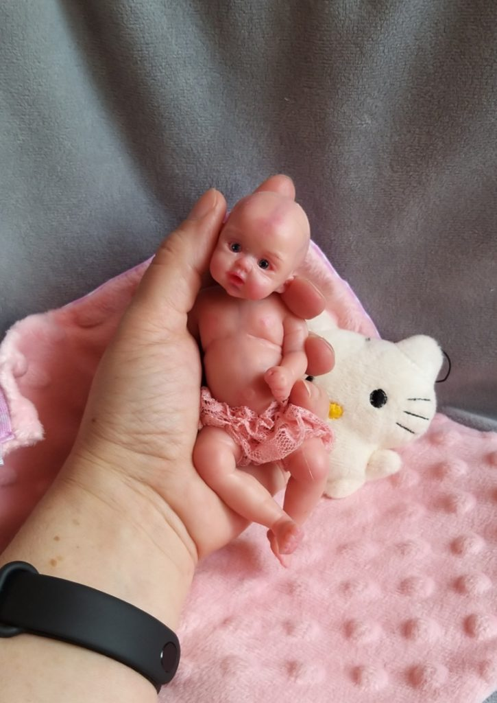 Silicone reborn full body minature by Kovalevadoll 04