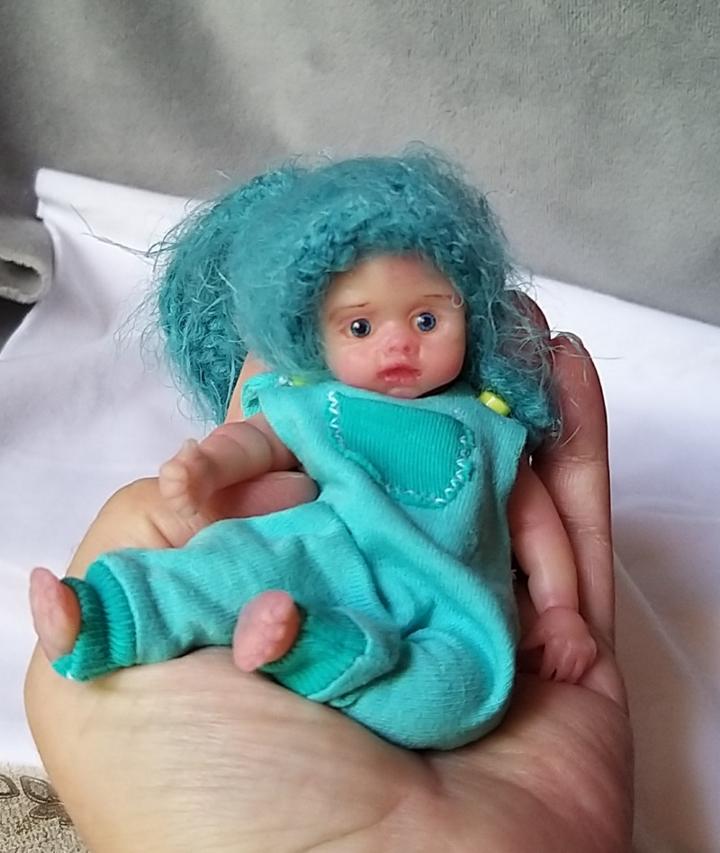 l Mini silicone baby boy full body Oliver 4.7  dark eyes open open mouth with pacifier bottle babies doll mini reborn doll01