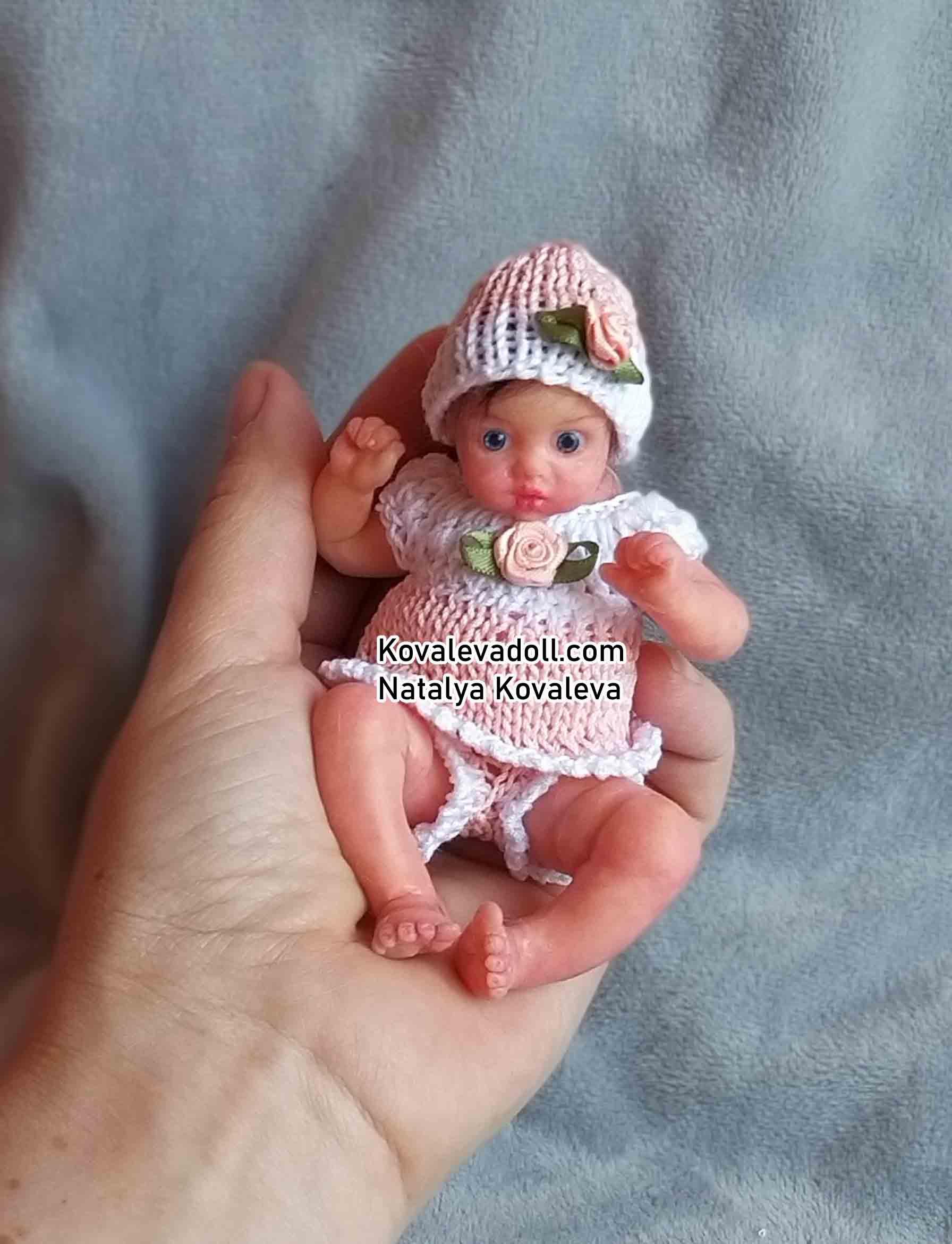 Silicone-reborn-baby-full-body-mini-Lilu Kovalevadoll