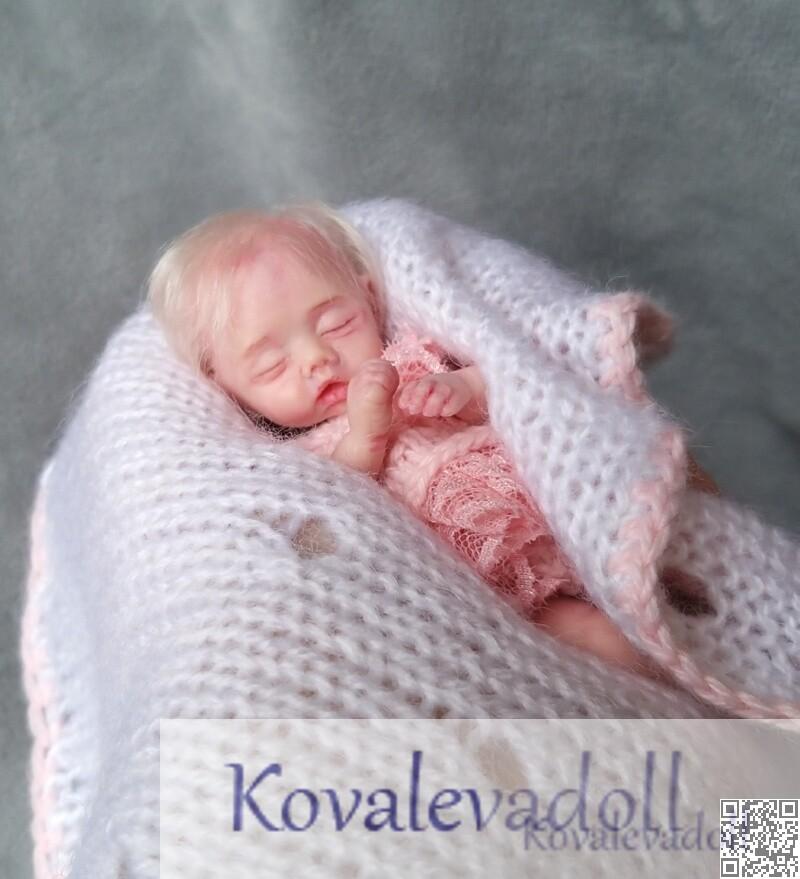 hyper realistic baby dolls for sale 5 inch Petal Kovaleva Natalya14